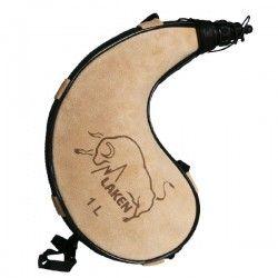 Gourde en peau souple forme courbée Zahato 1 litre